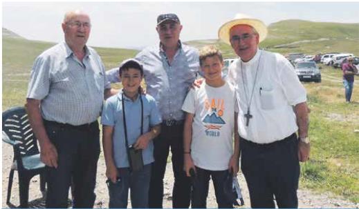 Jóvenes y mayores se dieron cita en las montañas de Ordesa.